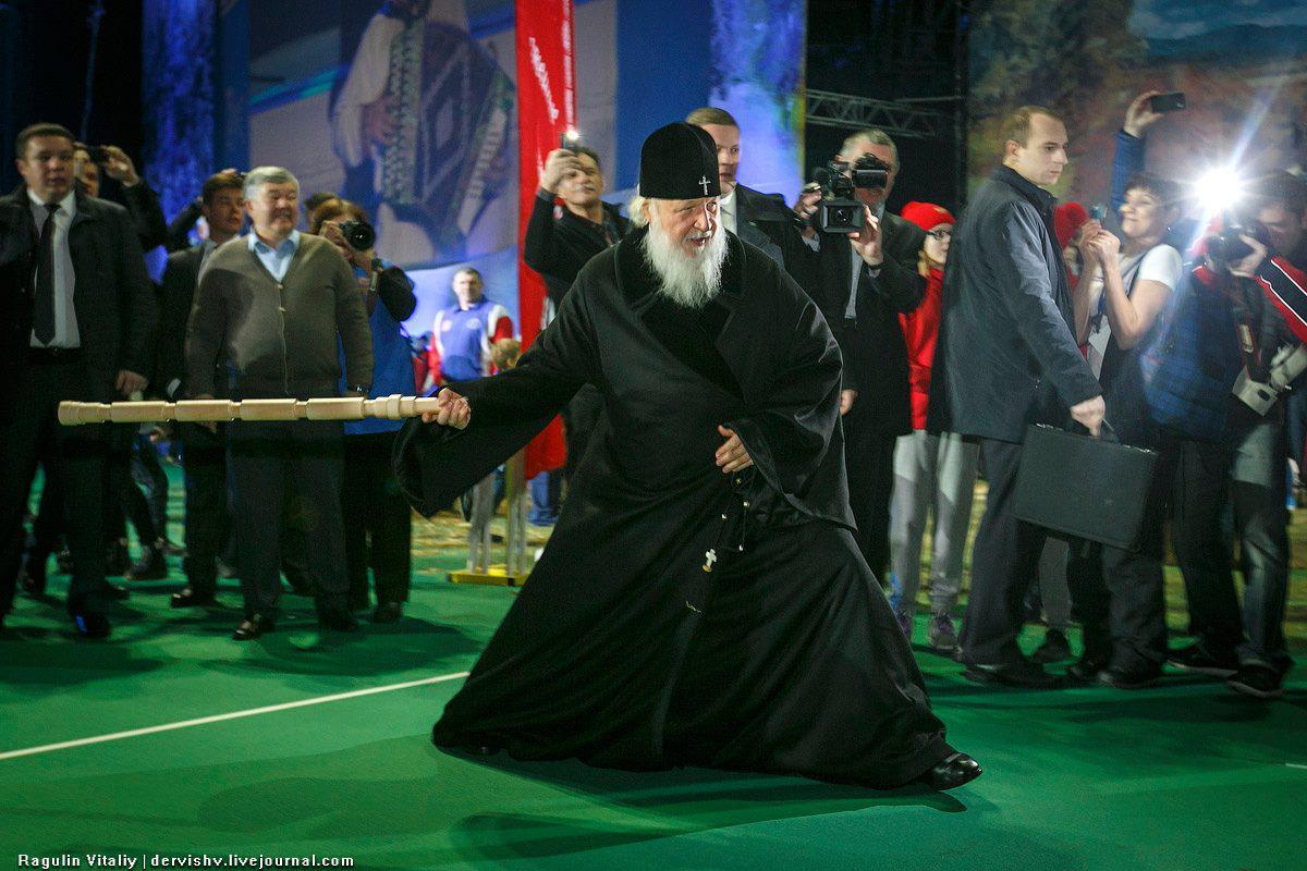 Патриарх Кирилл: возрождение духа через возрождение городков