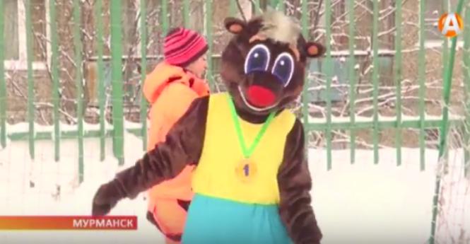 Бурый медведь поддерживает проект «Родной двор — родной город»