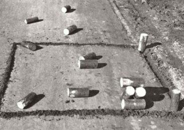Ингерманландские городки «pualikan luonti» в 1943 году: вариант древней игры в городки на грунте